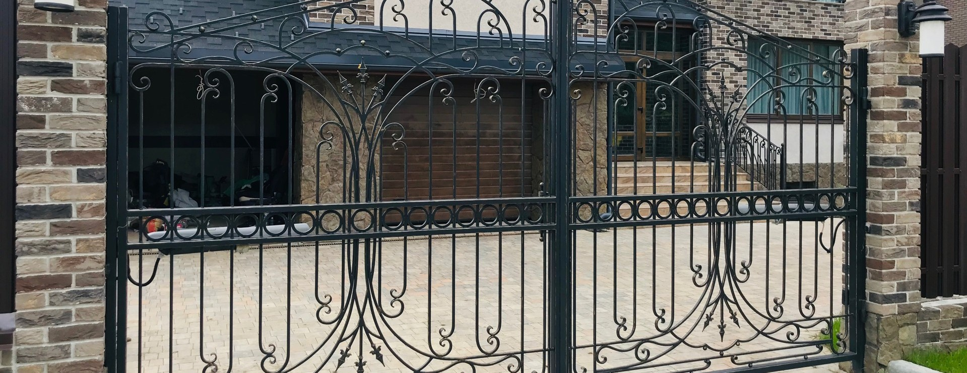 Кованые ворота и калитки под ключ